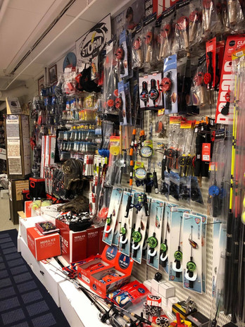 Butiken 1 vinterfiske 2.jpg