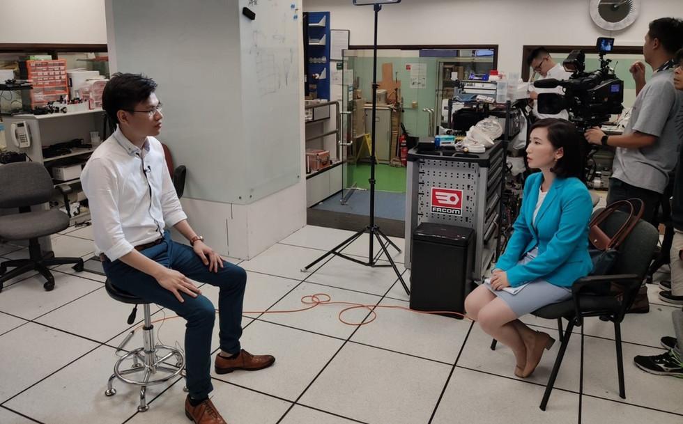 Phoenix Hong Kong Channel visited and interviewd IRIS team!