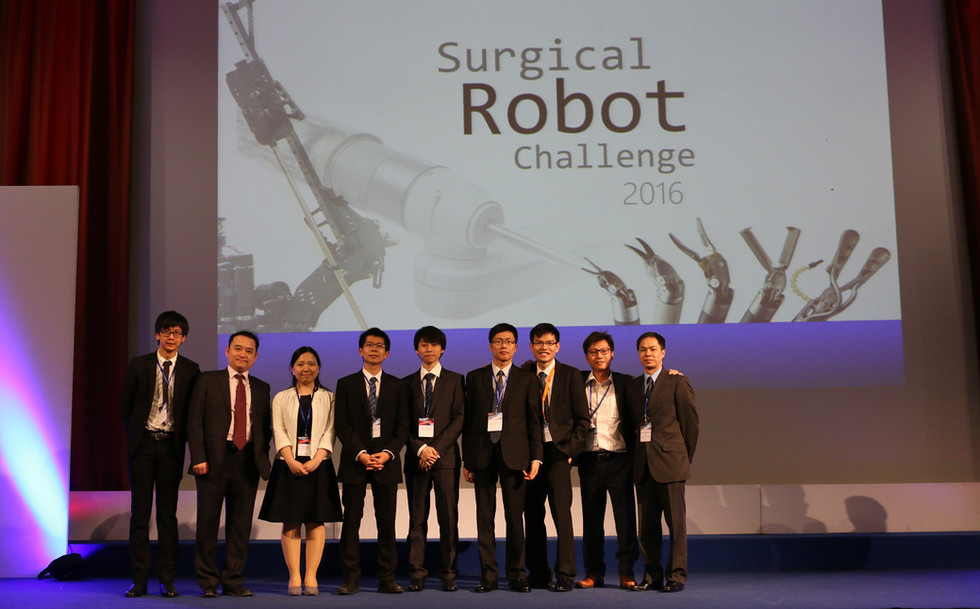 IRIS team was awarded Best Live Demonstration Prize at the Surgical Robot Challenge in London.