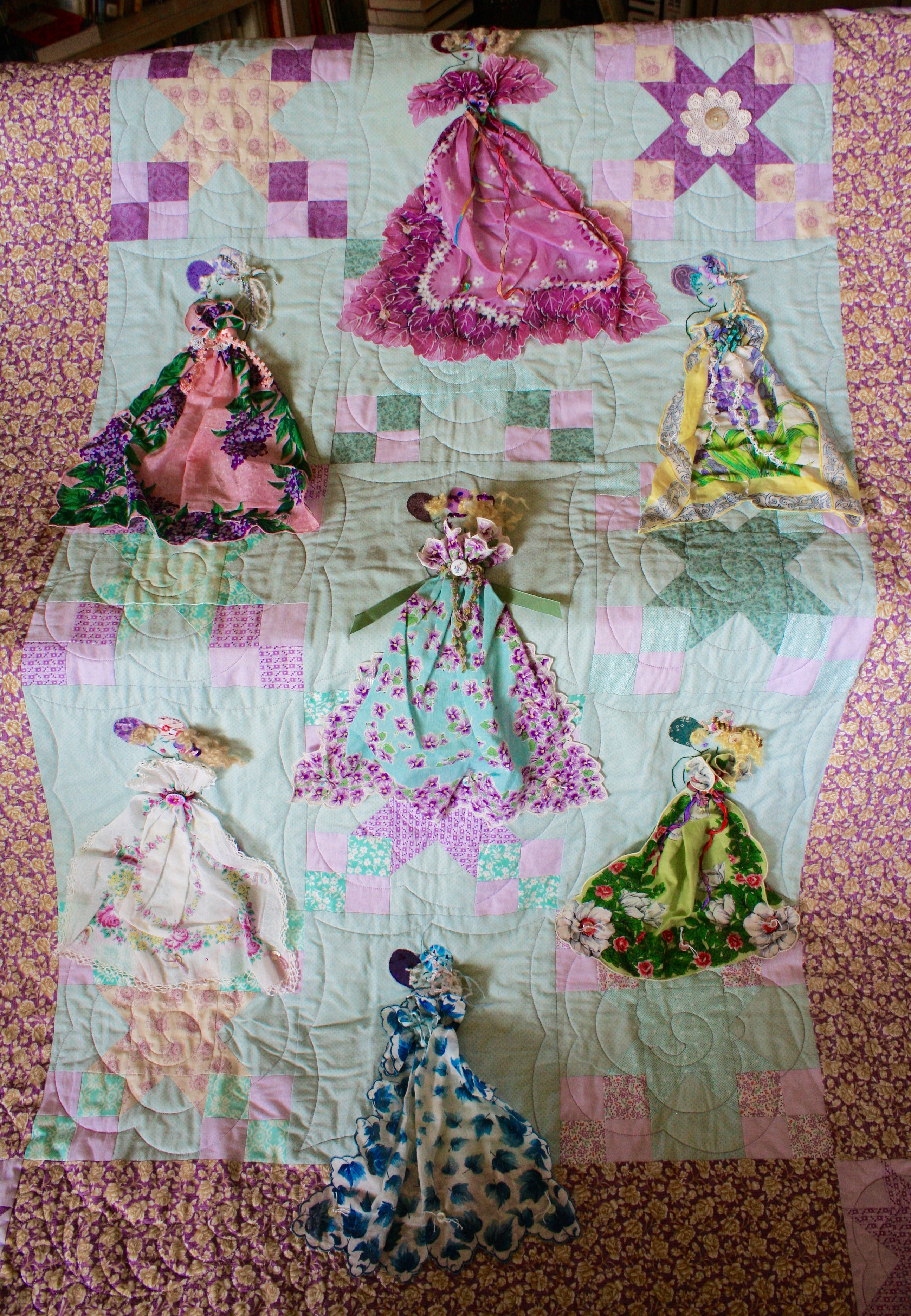 Quilt with vintage hankies