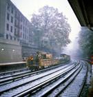 039_L_GARBAGE TRASH TRAIN SNOW NYC 2017.