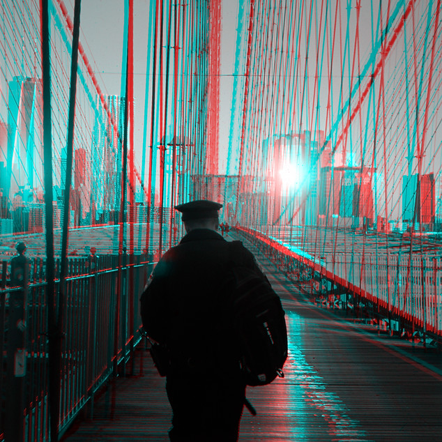 033_Z_COP ON BRIDGE NYC.jpg