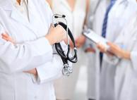 Минздрав предлагает выдавать больничные иностранцам и лицам без гражданства