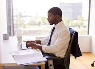 МВД утвердило новые заявления для оформления разрешений на работу иностранцам