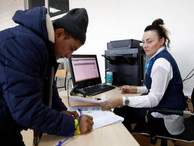 МВД обяжет мигрантов получать единый электронный документ для длительного пребывания в РФ