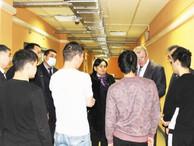 Посольство КР в РФ поможет согражданам в спецприемнике