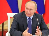 Путин подписал указ о правовом положении иностранцев: останавливаются сроки действия всех документов