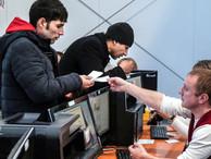 В России за полгода поставили на учет почти 3 млн прибывших для работы иностранцев