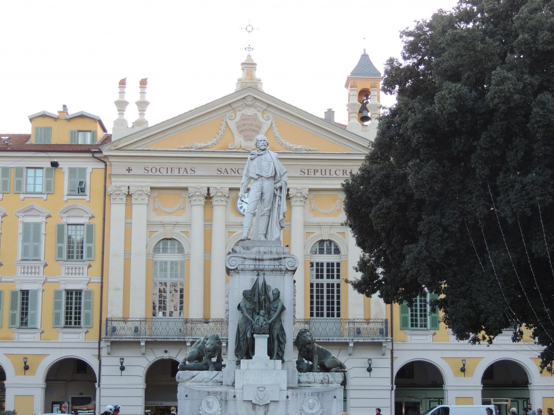 Statue Garibaldi (Place Garibaldi)