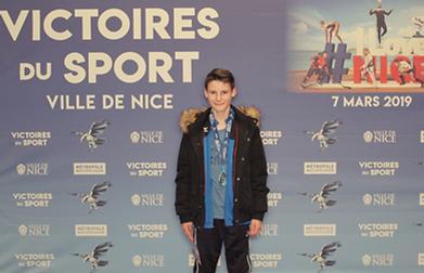Hugo Victoires du Sport 03-19 R.png