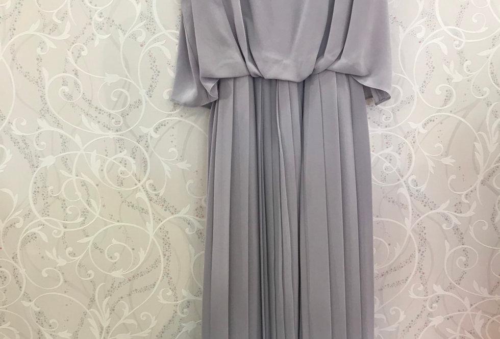 アシメプリーツミディ丈ドレス