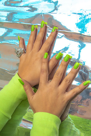 square tip green neon