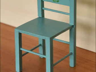 Making miniatures: How to make a miniature painted chair (in 1/12 scale)