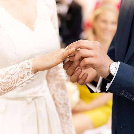 Hochzeit-Fotografie-Ehering-Ehemann.jpg