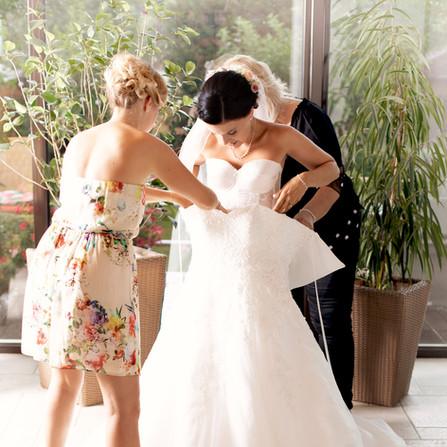 Hochzeit-Getting-Ready-Brautkleid.jpg