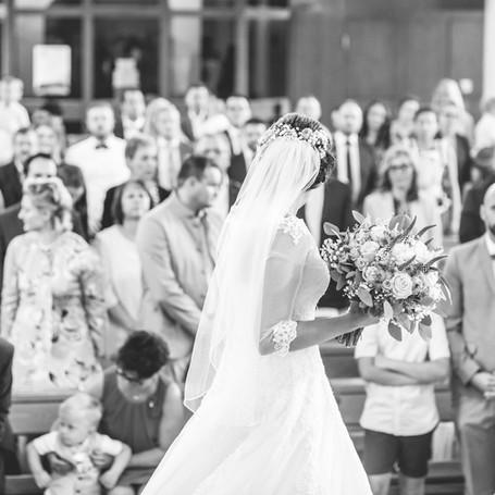 Hochzeit-Fotografie-Brautkleid.jpg