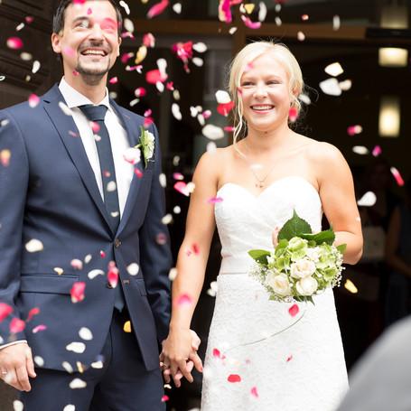 Hochzeit-Fotografie-Rosenblueten.jpg