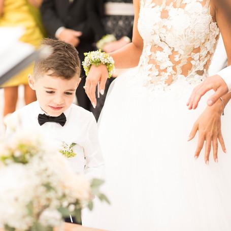 Hochzeit-Fotografie-Kind-Fliege.jpg