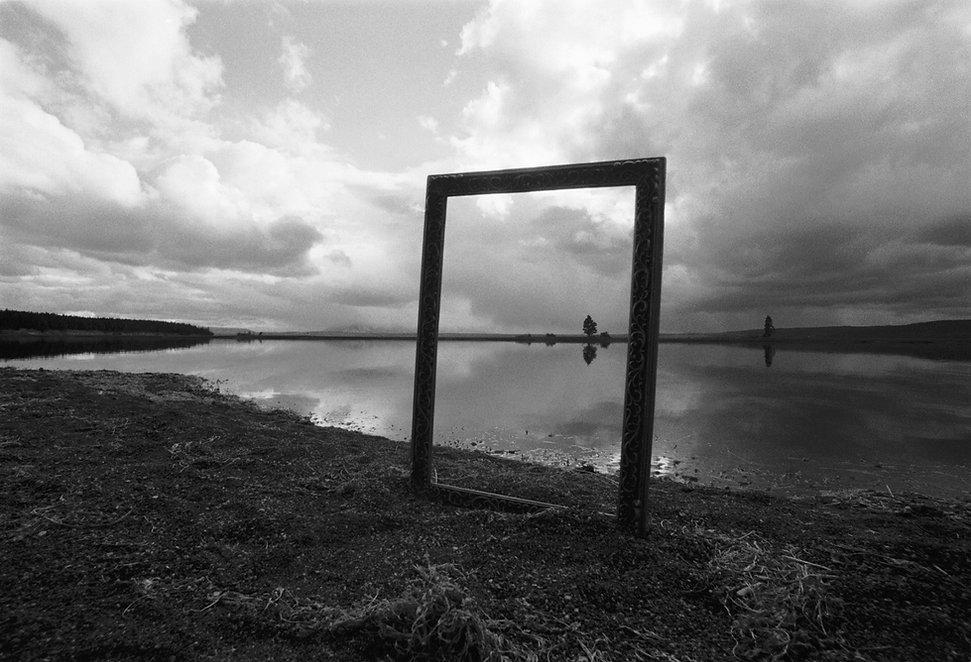 Homage a Magritte web.jpg