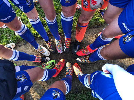 Bristol Rovers Women's support Rainbow Laces 2020