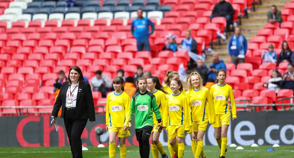 Bristol Rovers Womens Gas Girls EFL Girl