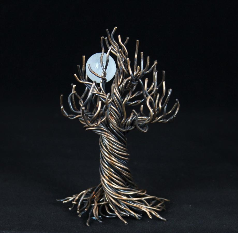Wire Tree of life with quartz