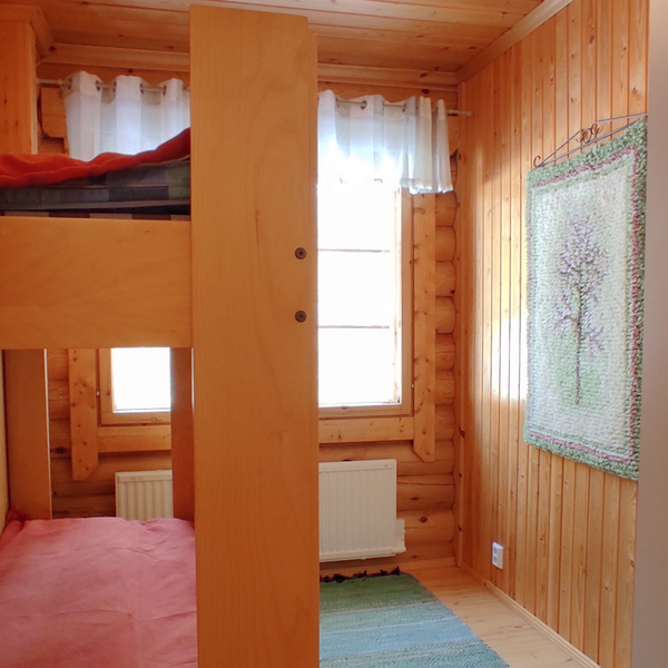 Taigalampi bedroom