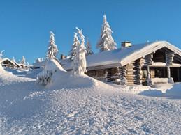 hut in syöte national park