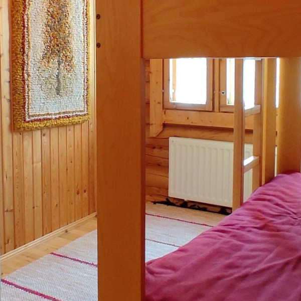 Taigalampi bunk bed room