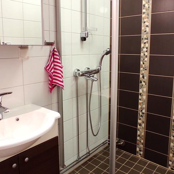 Taigalampi shower