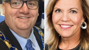 Graydon Smith and Christine Elliott exchange tweets over additional funding for small hospitals