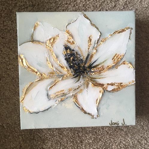 "4""x 4"" Gold Leaf Magnolia"