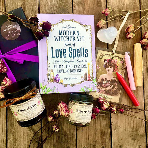 The Witches Bookclub Box