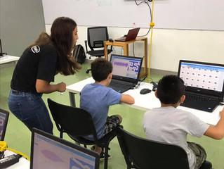Estudiantes de la Politécnica de Yucatán impulsan a niños y jóvenes del estado en temas de tecnologí