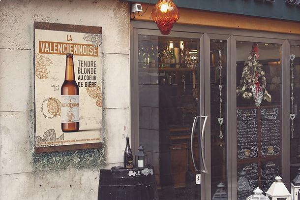la valenciennoise affiche bar mockup.jpg