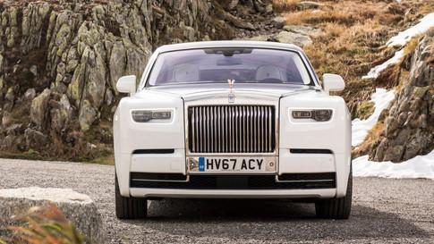 Rolls-Royce-Phantom-2018-1280-4a_edited.