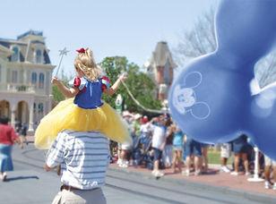 lil girl on fathers shoulder - princess