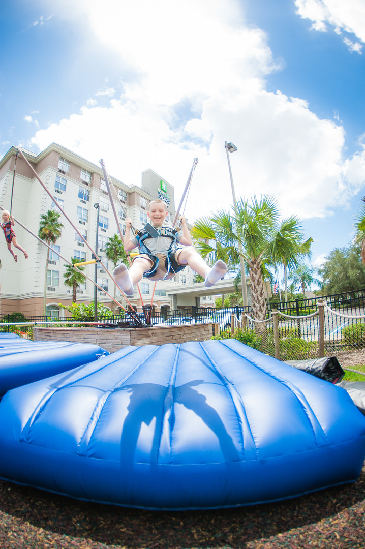 Kids Love To Extreme Jump!!!