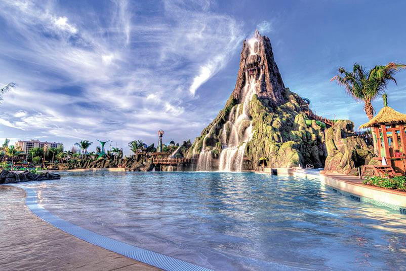 volcano-bay-volcano-view-wave-pool-c.jpg