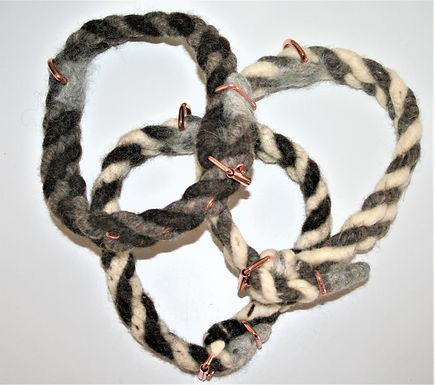 Halsbänder mit Rollschnalle