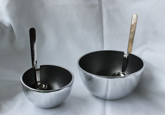 Benzi bowls with attached serving spoons