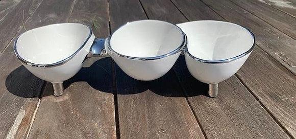 Triple Connected Bowls