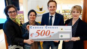 Autismecafé IJsselstein ontvangt bijdrage van de Lionsclub