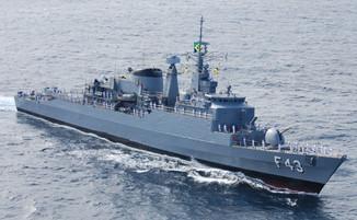 Em Itajaí: Dois navios da Marinha abrem para visitação gratuita