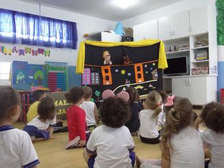 Teatro de fantoche é uma das atividades do Movimento Maio Amarelo 2018 em Balneário