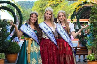 Boletim da Festa Pomerana: Rainhas da festa representam a cidade em todo o Brasil