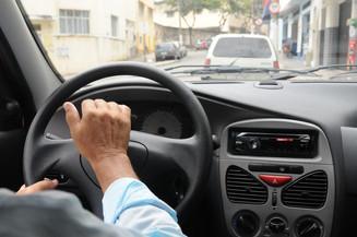 Pit Stop: CONTRAN suspende vistoria de veículos