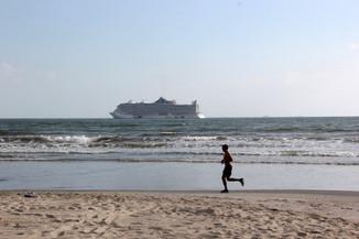 Penúltima semana de escalas de transatlânticos terá três navios em Balneário