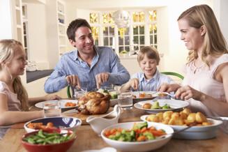 Saúde e bem viver: Na hora da alimentação procure tranquilidade