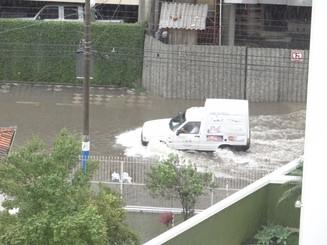 Pagamento do FGTS para vítimas das chuvas em Balneário Camboriú inicia nesta quinta-feira